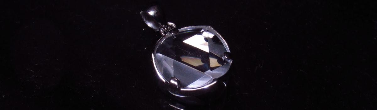水晶六芒星ペンダント